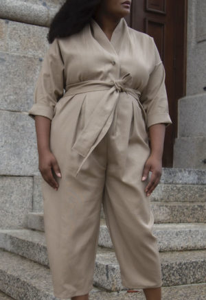 Front view of plus size model in Artist Jumper in Nomad Hemp.