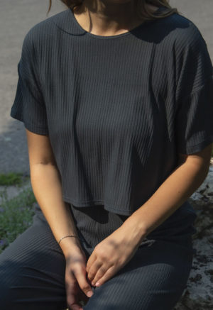 Front view of straight size model wearing Cropped Tee in Blue Spruce Rib.